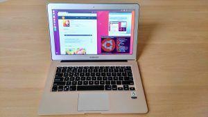 Slimbook Katana con la Distro Ubuntu Unity
